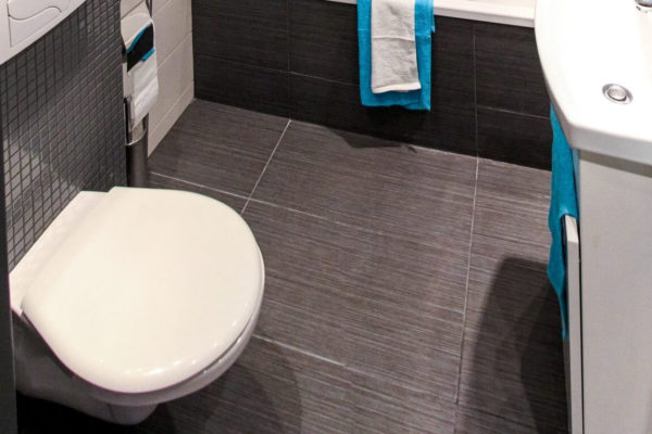 home-office-washroom-cleaning-services-tips